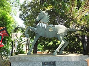 神馬像・山名八幡宮, 1248.JPG