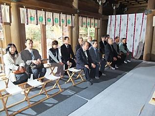 多田神社拝殿, 1019.jpg