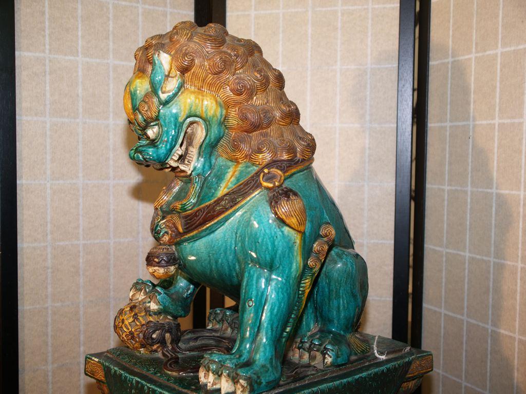 唐三彩唐獅子